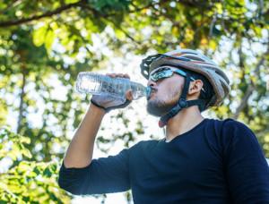 Il tempo è bello, 'sgambata' in bicicletta? Sì, ma solo all'interno del proprio comune
