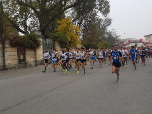 Mina El Kannoussi 4ª alla Apple Run di Cavour