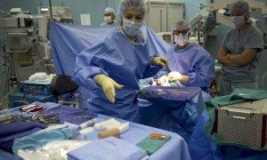 Coronavirus, eseguiti i primi test sugli operatori sanitari regionali: il 13% è positivo