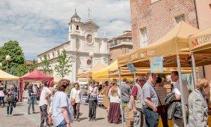 Alba fa dietrofront, i mercati cittadini restano chiusi