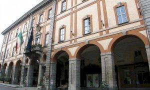 Cuneo, attivo da lunedì mattina il form per richiedere i buoni spesa