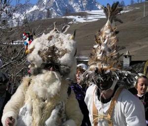 Orsi, lupi e animali selvatici: le feste d'inverno in Piemonte