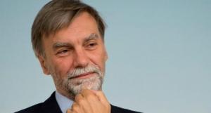 Il ministro Graziano Delrio oggi a Cuneo