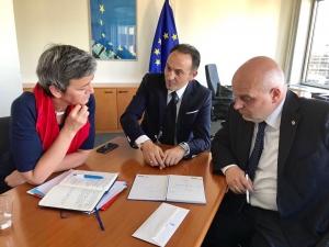 Asti-Cuneo: il caso arriva in Europa