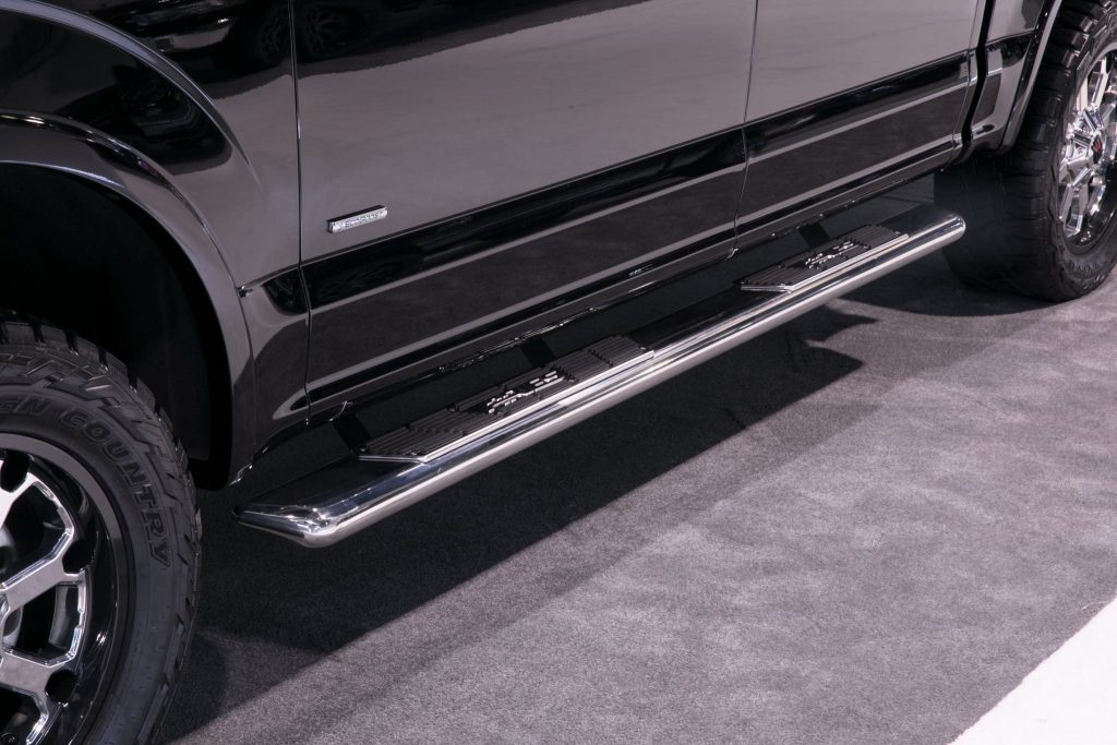 SEMA 2017 TEAM ARIES FORD F150 RUNNING BOARDS