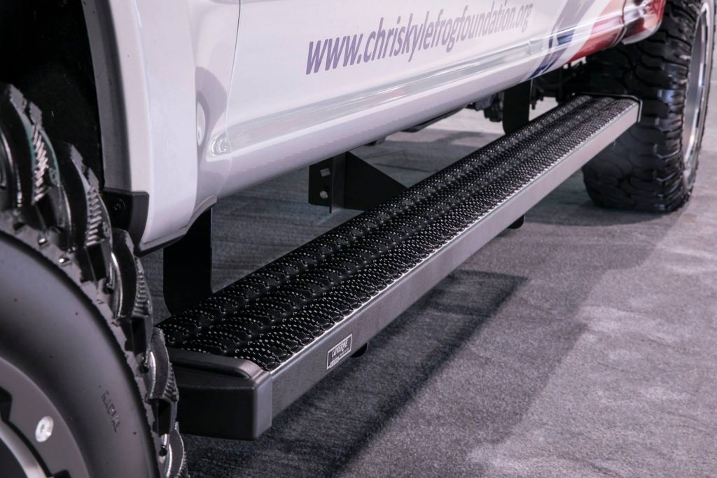 SEMA 2017 FORD SUPER DUTY CHRIS KYLE FROG FOUNDATION-GRIP STEP 7IN RUNNING BOARD