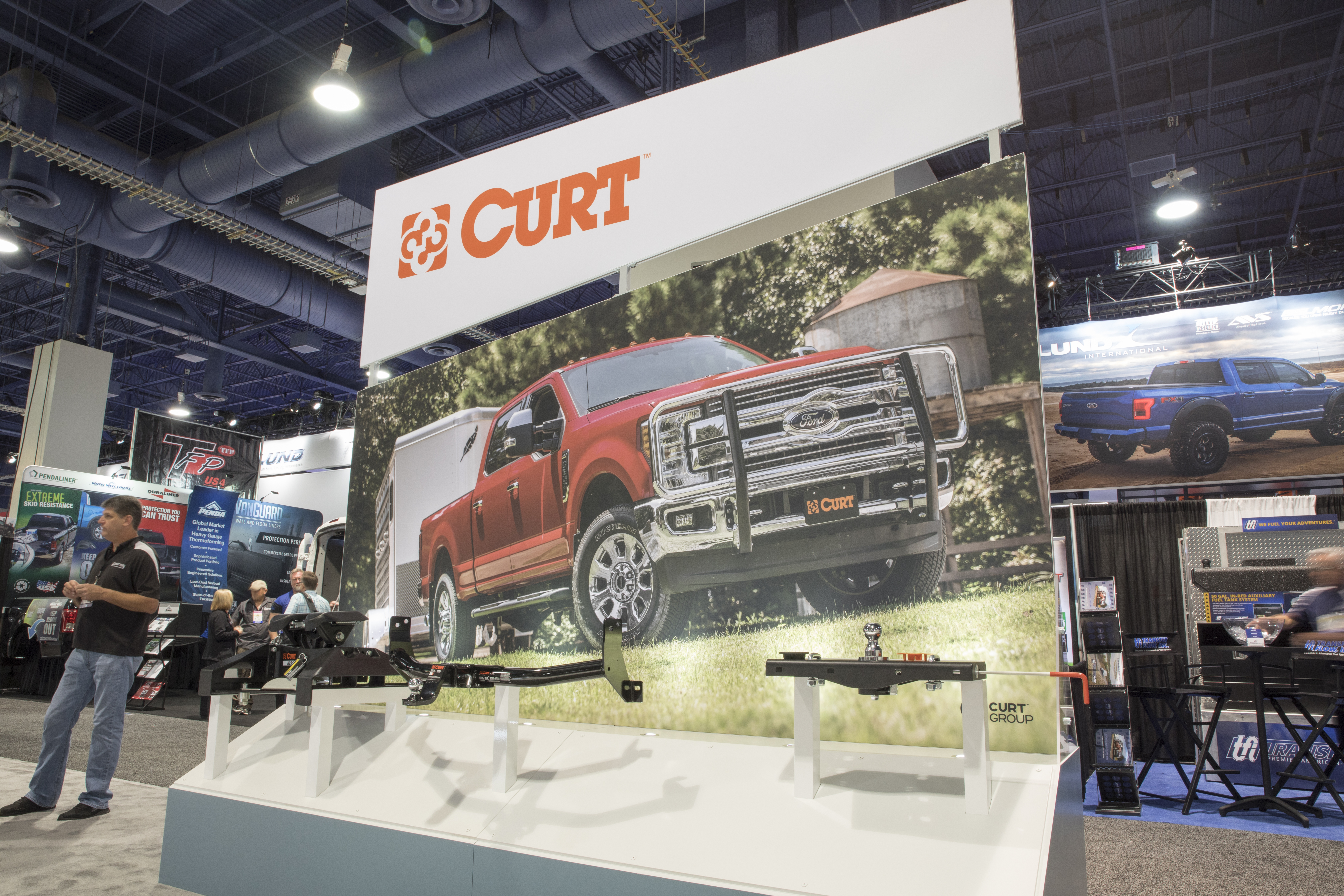 SEMA 2017 CURT HITCH DISPLAY
