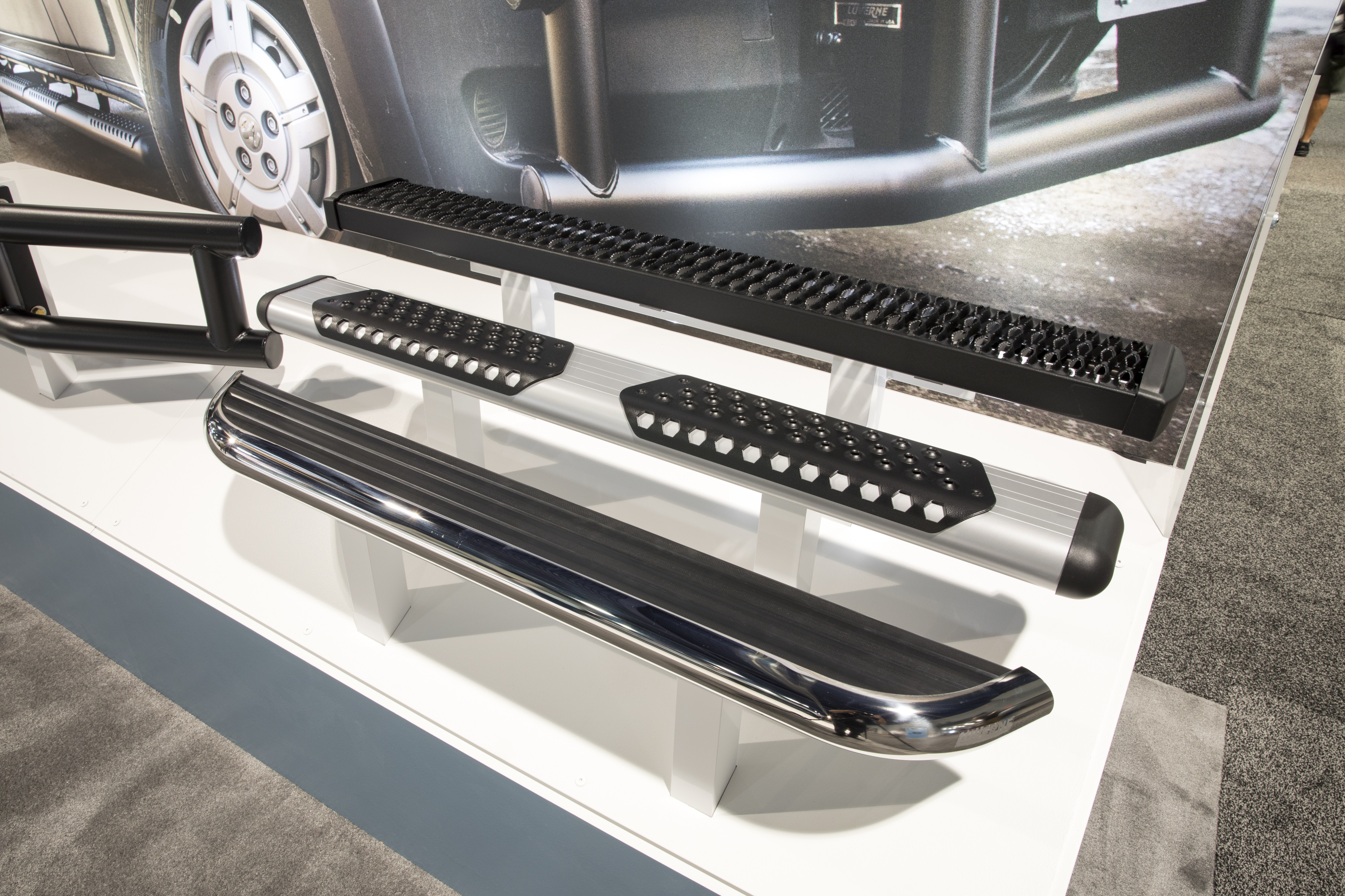 SEMA 2017 LUVERNE RUNNING BOARDS DISPLAY