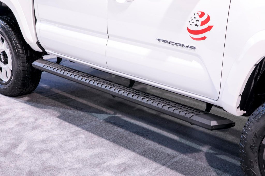 SEMA 2017 TEAM ARIES TOYOTA TACOMA TROOPSDIRECT RUNNING BOARD