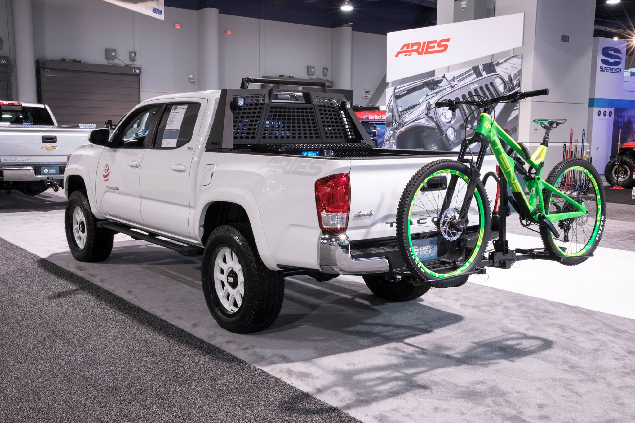 SEMA 2017 TEAM ARIES TOYOTA TACOMA TROOPSDIRECT HEADACHE RACK