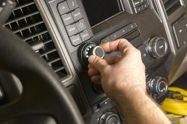 CURT brake controller Spectrum™