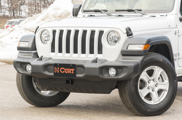 CURT front hitch on Jeep Wrangler JL