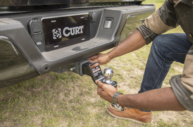Learn About Towing Accessories From Curt