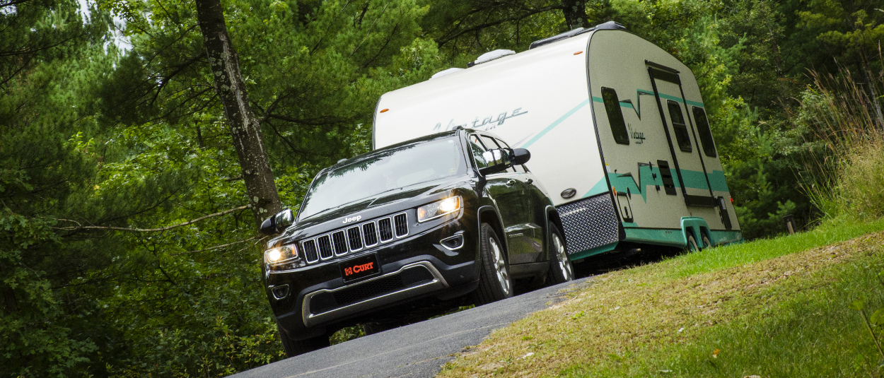CURT trailer hitch - Jeep Cherokee towing camper