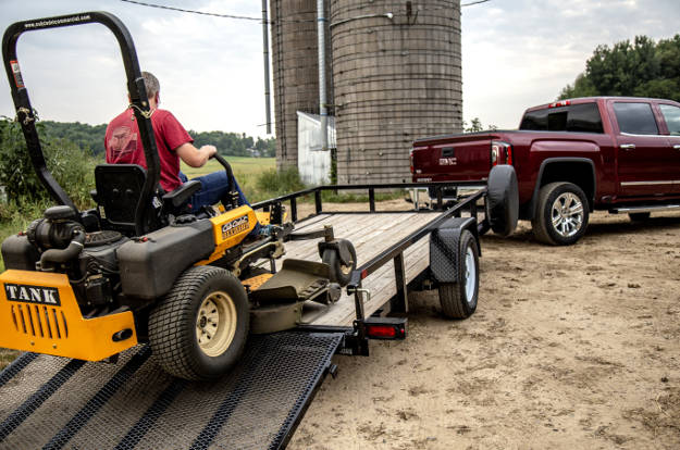 Flatbed Trailer Landscaping Lawn Tractor Truck