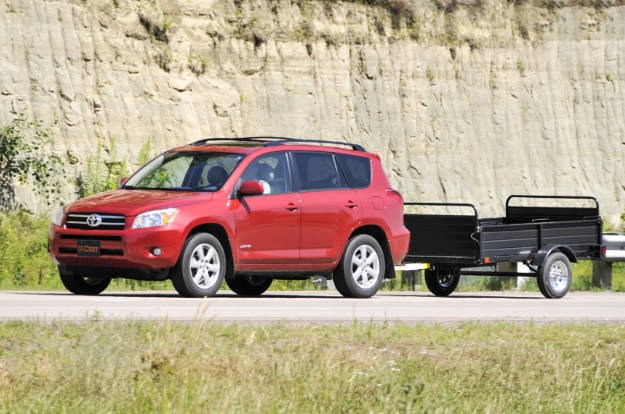 Class 2 Hitch Crossover Utility Trailer