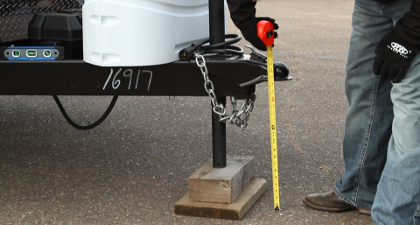 Measuring trailer coupler height