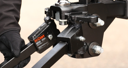 Installing weight distribution spring bars