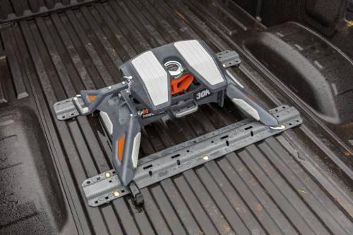 New CURT PowerRide 30K 5th Wheel Hitch