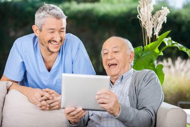 讓60歲的照顧80歲的,瑞士「時間銀行」怎麼做?