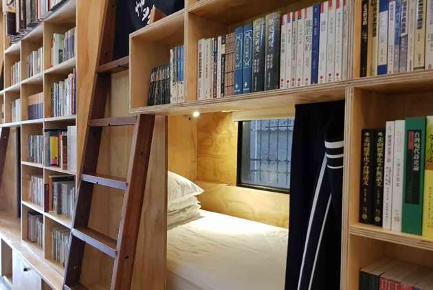 最文青的睡法,來去台南住書店