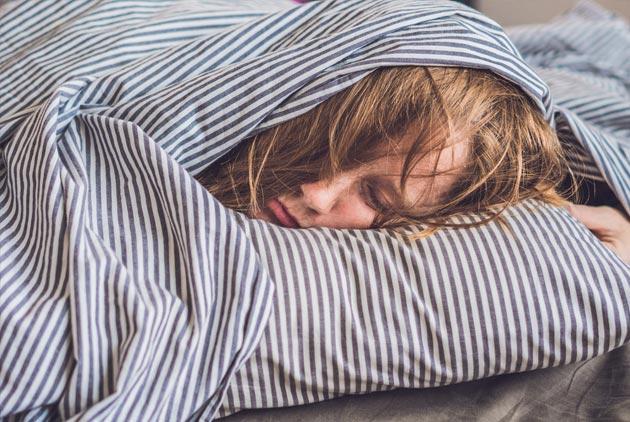 哪種睡姿才能讓大腦真正休息?