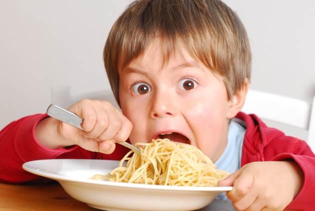 科學解釋:為何你會餓到生氣