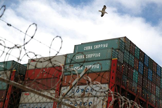 貿易大混戰,為何全球經濟依然繁榮?