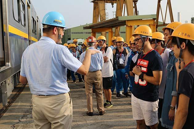 1公里V.S 60人軌道建設產業崛起