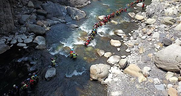 用一條河的溯溪之旅 體驗台灣土地的真實感動