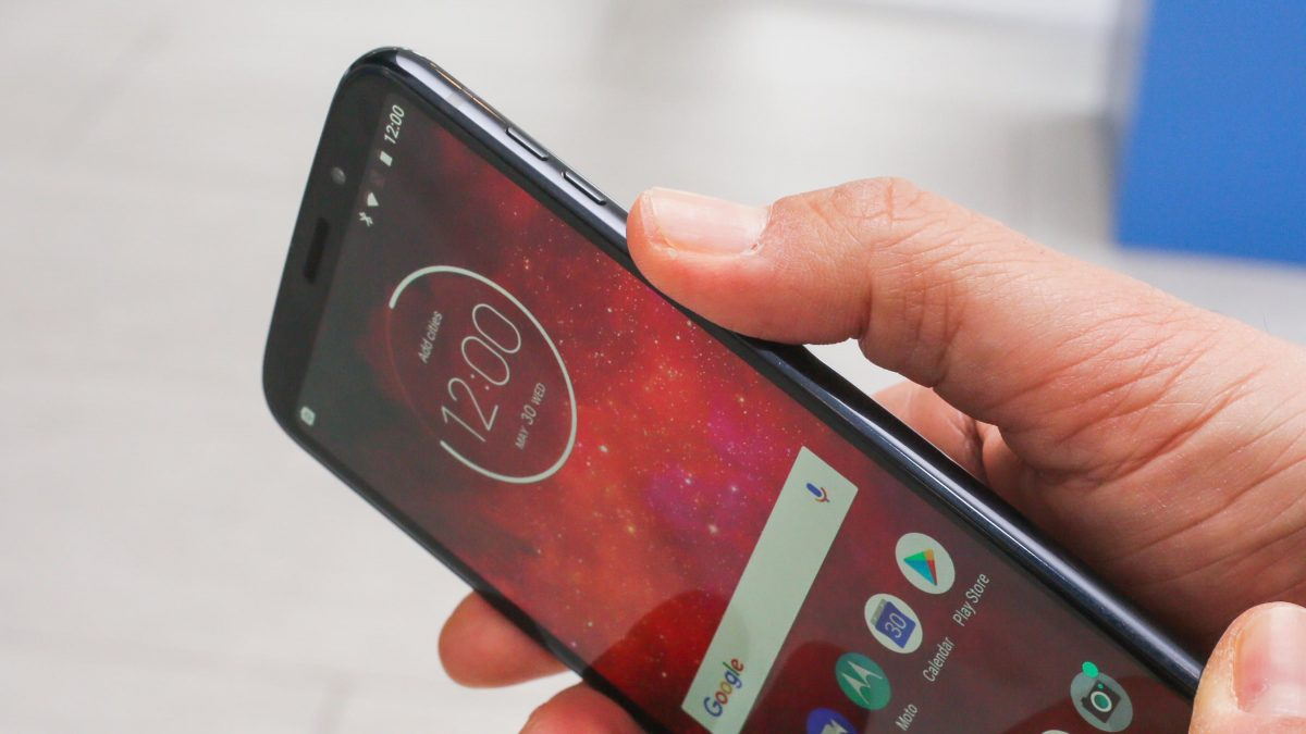Things You Need to Know About the Moto Z3 Play