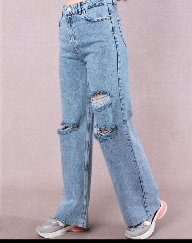 Très beau jeans large