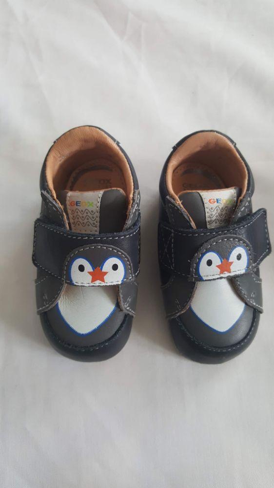 Chaussures Geox pingouin bleues pour bébé pointure 19