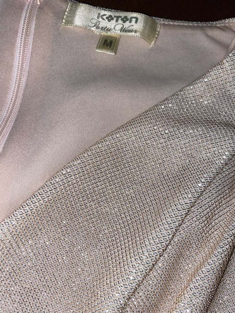 Robe soiré rose argenté (Métalique ) de la marque Koton