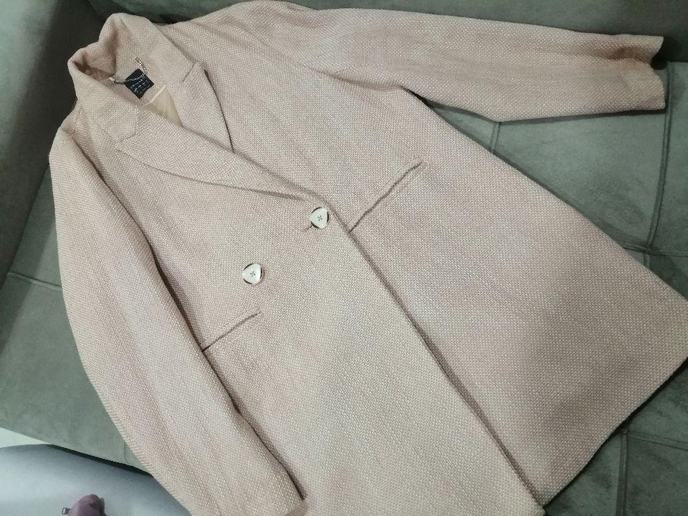 Manteau en exelente etat très classe  et res chic