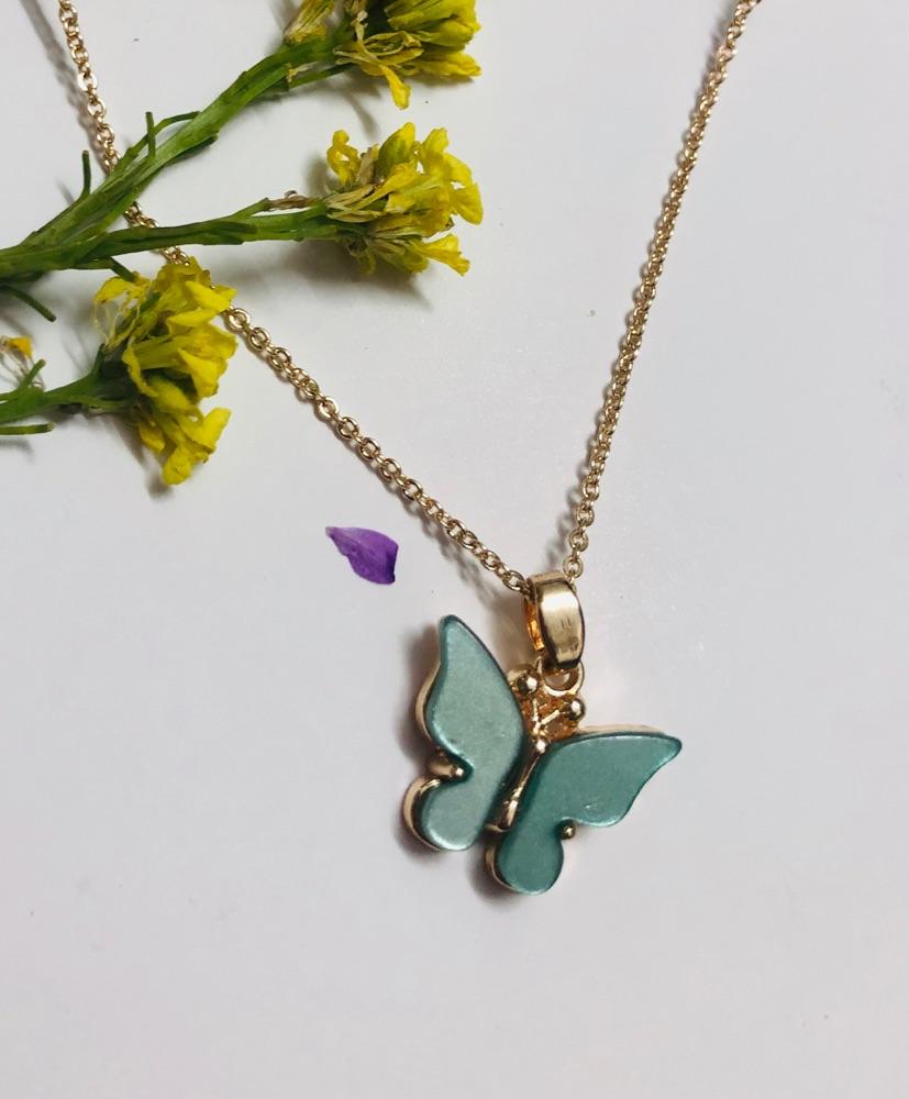 Collier papillon acier inoxydable doré femme
