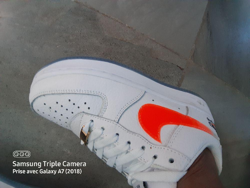 Nike Air Force 1 Kith's 'New York' portée 8h c tt