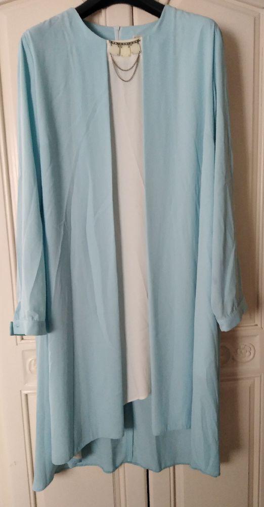 Liquette/robe bleu ciel et blanc grand taille