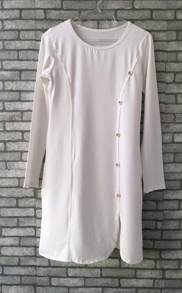Robe blanch boutonnée