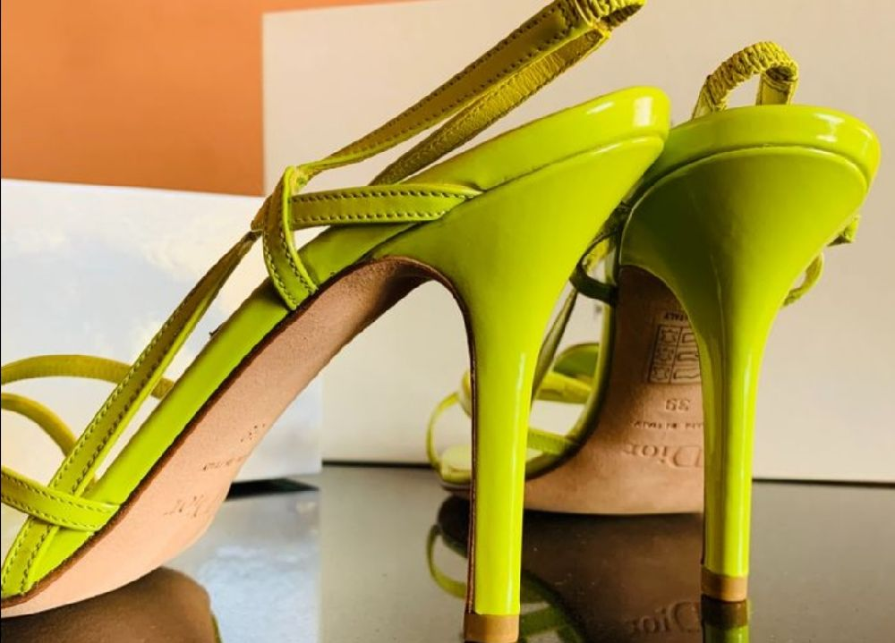 Magnifique sandales fluo dior authentique