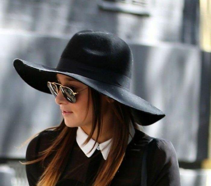 Chapeau bleu très stylé