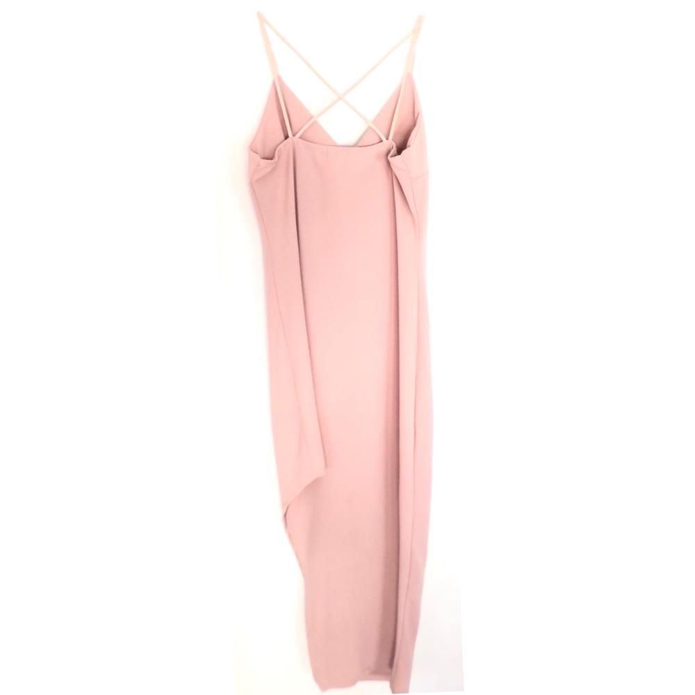 robe dispo la même mais en rose bebe