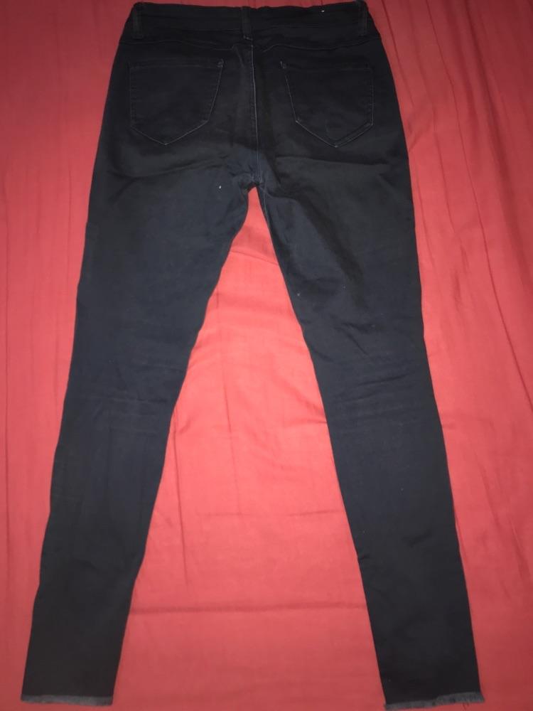 Pantalon déchiré