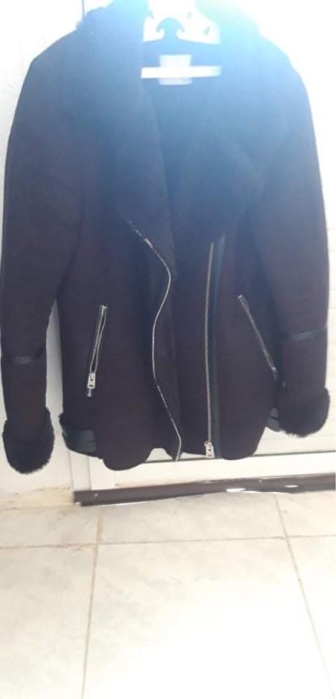 Manteau noir pull & bear