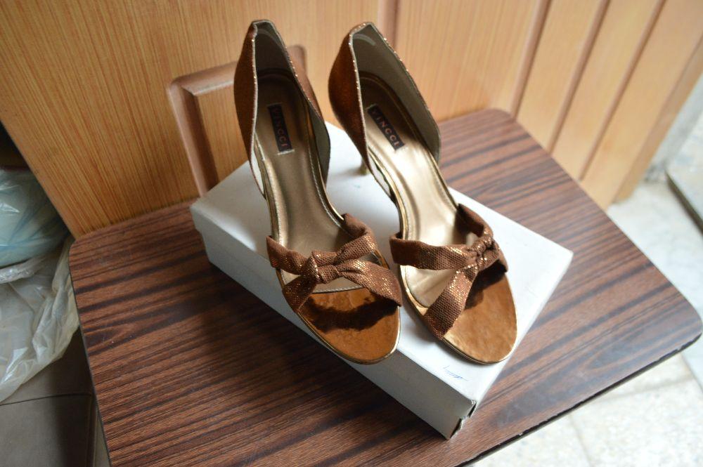 Vincci glittery sandals
