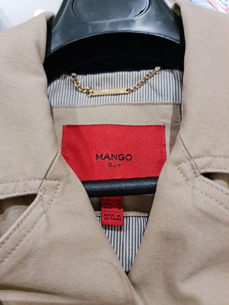 Trench coat beige de la marque mango