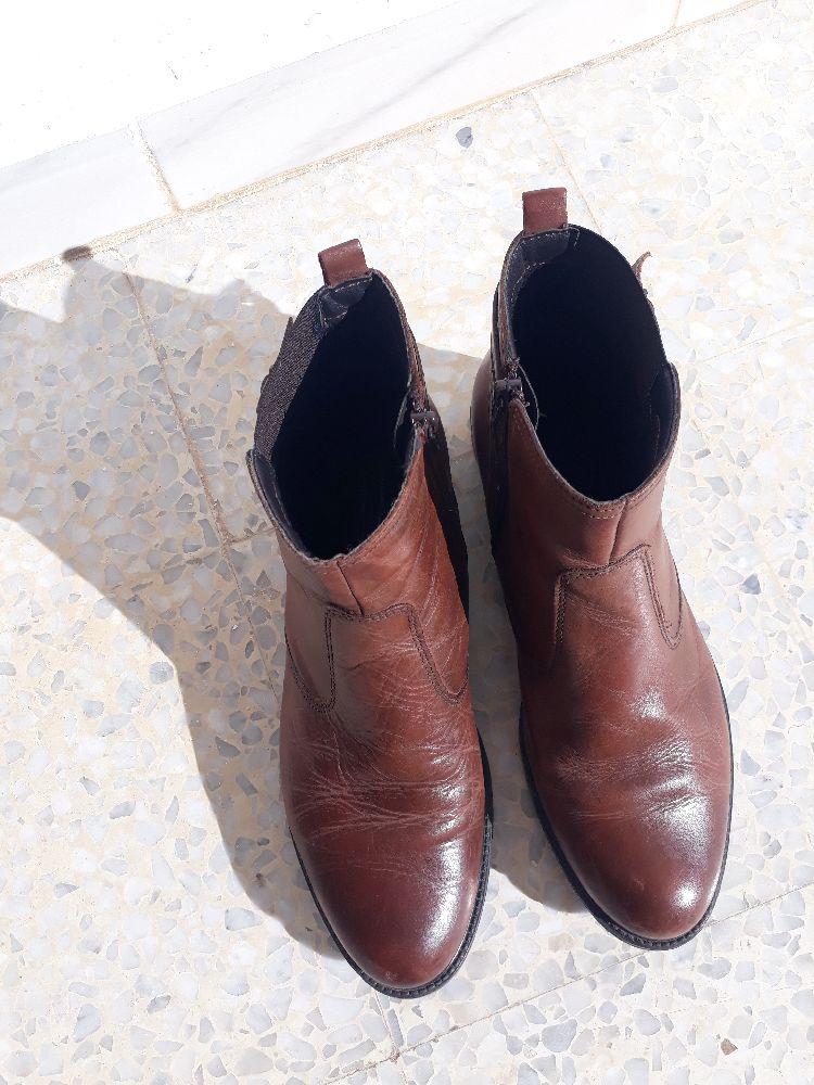 Bottines en vrai cuir , très confortables pour chausser toute la journée