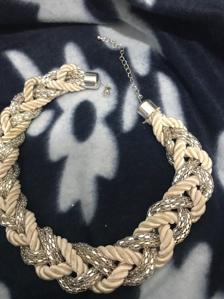 Collier fenme