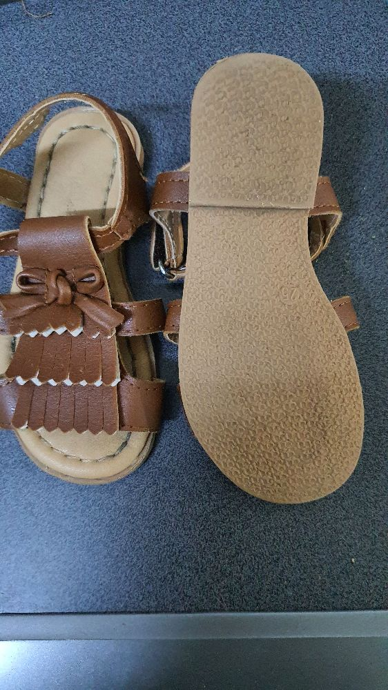 Sandales