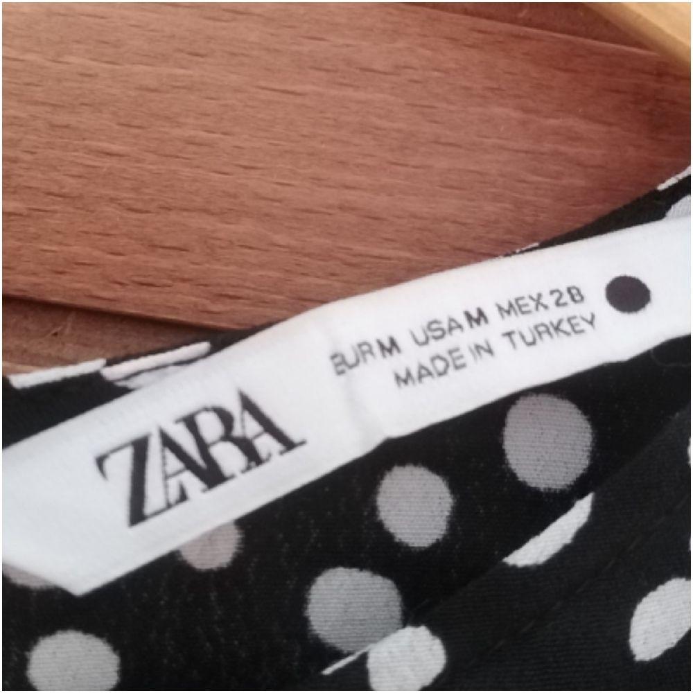 Robe midi Zara petit pois portée 1 seule fois
